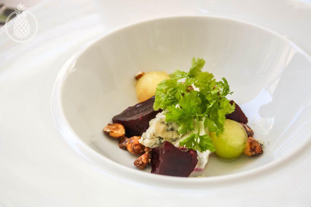 מסעדת פאסטל מוזיאון תל אביב - מרק סלק קר