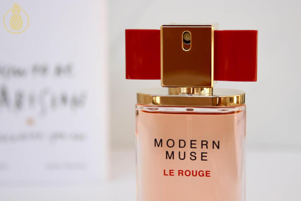 Modern Muse Le Rouge – הבושם החדש מבית אסתי לאודר