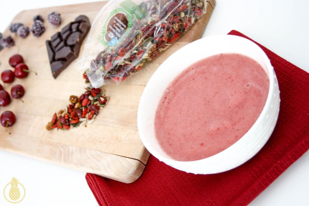 smoothie bowl recipe מתכון לארוחת בוקר בריאה ומרעננת הסמודי בול