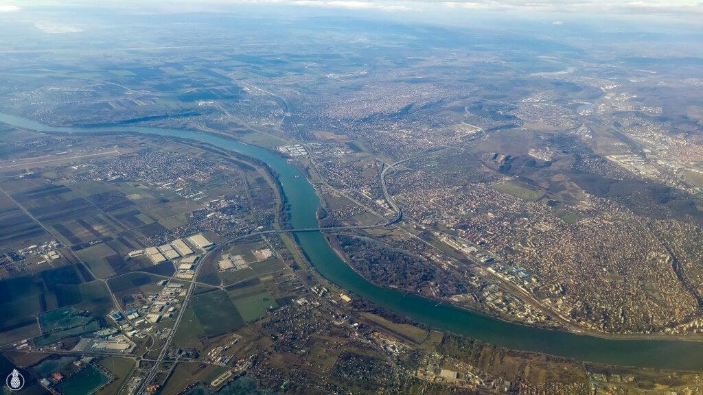 Trip Guide To BUDAPEST, HUNGARY- FLIGHTS, HOTEL, FOOD AND GOOD SPOTS!! = WANDERLUST || מדריך טיול בודפשט, הונגריה - טיפים לטיסות, מלונות, אוכל, קניות, וכל הדברים ששווה לראות בעיר