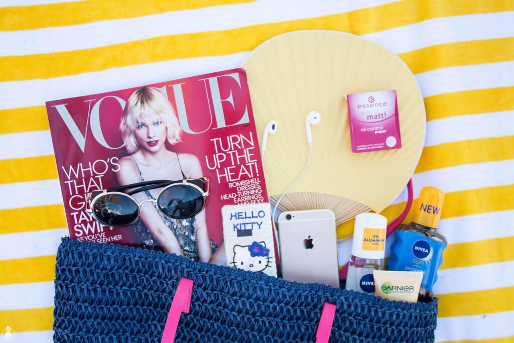 Beach Bag Essentials - כל הדברים שאת ממש לא רוצה לשכוח בבית