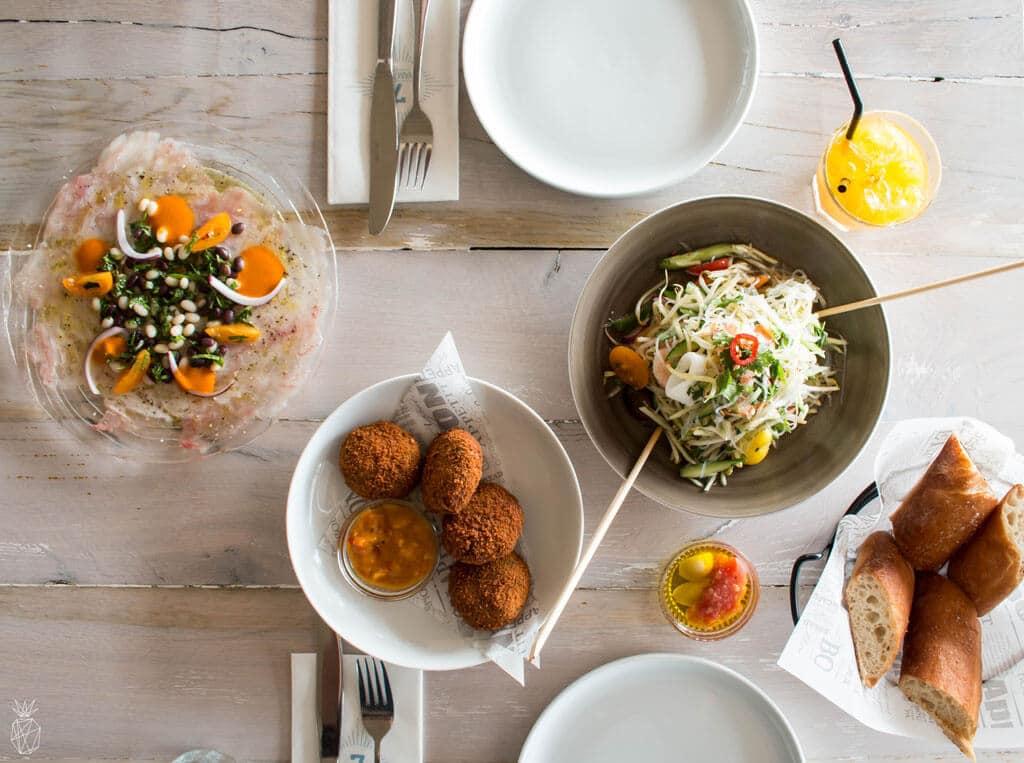 ים 7 - מסעדת חוף אלגנטית בהרצליה