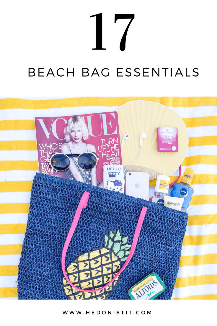 17 Essential Items to Pack in Your Beach Bag : From a pretty beach towel to Healthy Snacks . Great checklist to remember before leaving to the beach or pool | beach must haves| Click through to see the full guide on hedonistit.com