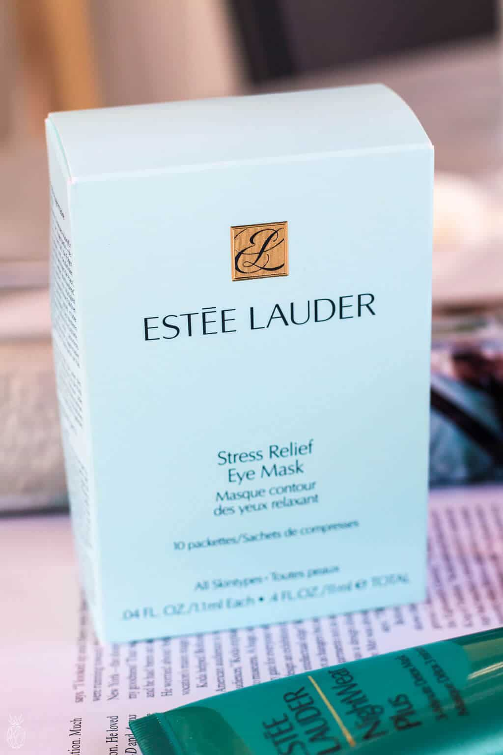 ESTEE LAUDER - STRESSBeauty On The Road : 3 beauty products that will keep your skin fresh & dewy when traveling - RELIEF EYE MASK review