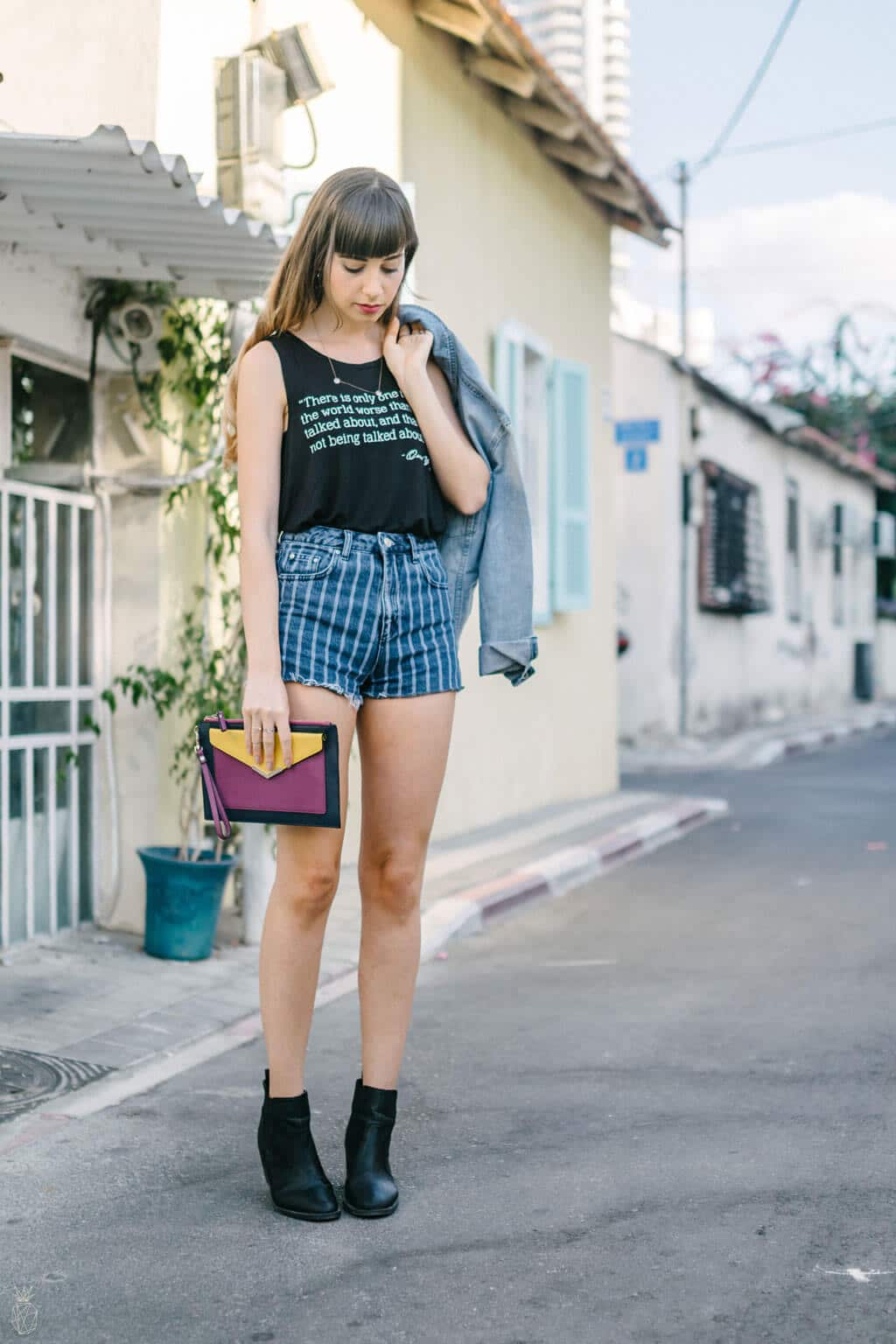 OUTFIT : Denim On Denim - denim oversize jacket + denim two toned shorts + cute top + colorful clutch