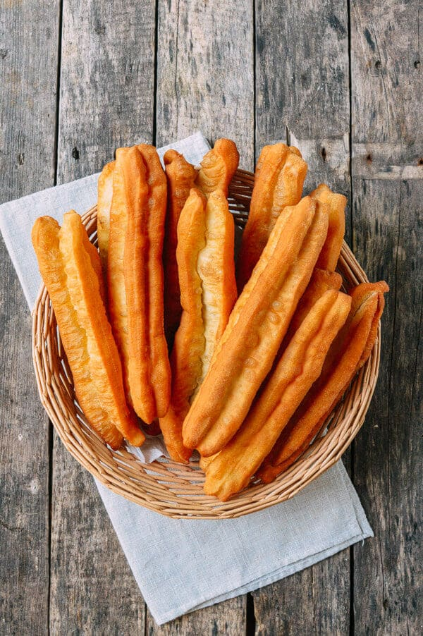 YOUTIAO (CHINESE FRIED DOUGH) recipe