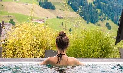Switzerland : THE CAMBRIAN ADELBODEN : A Vacation Inside A Postcard