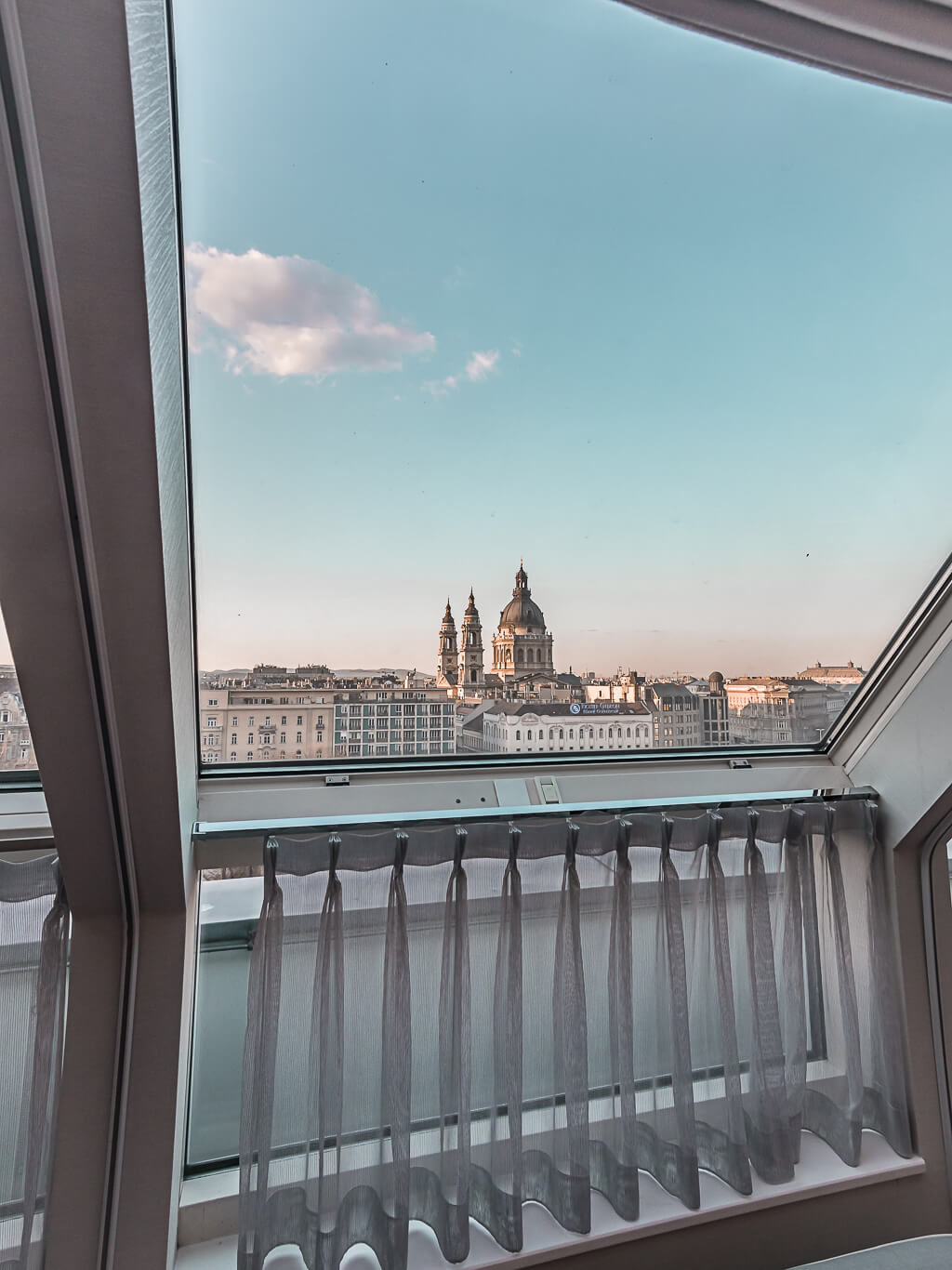 20 Photos to Inspire You to Visit Budapest, Hungary | Ritz Carlton Budapest