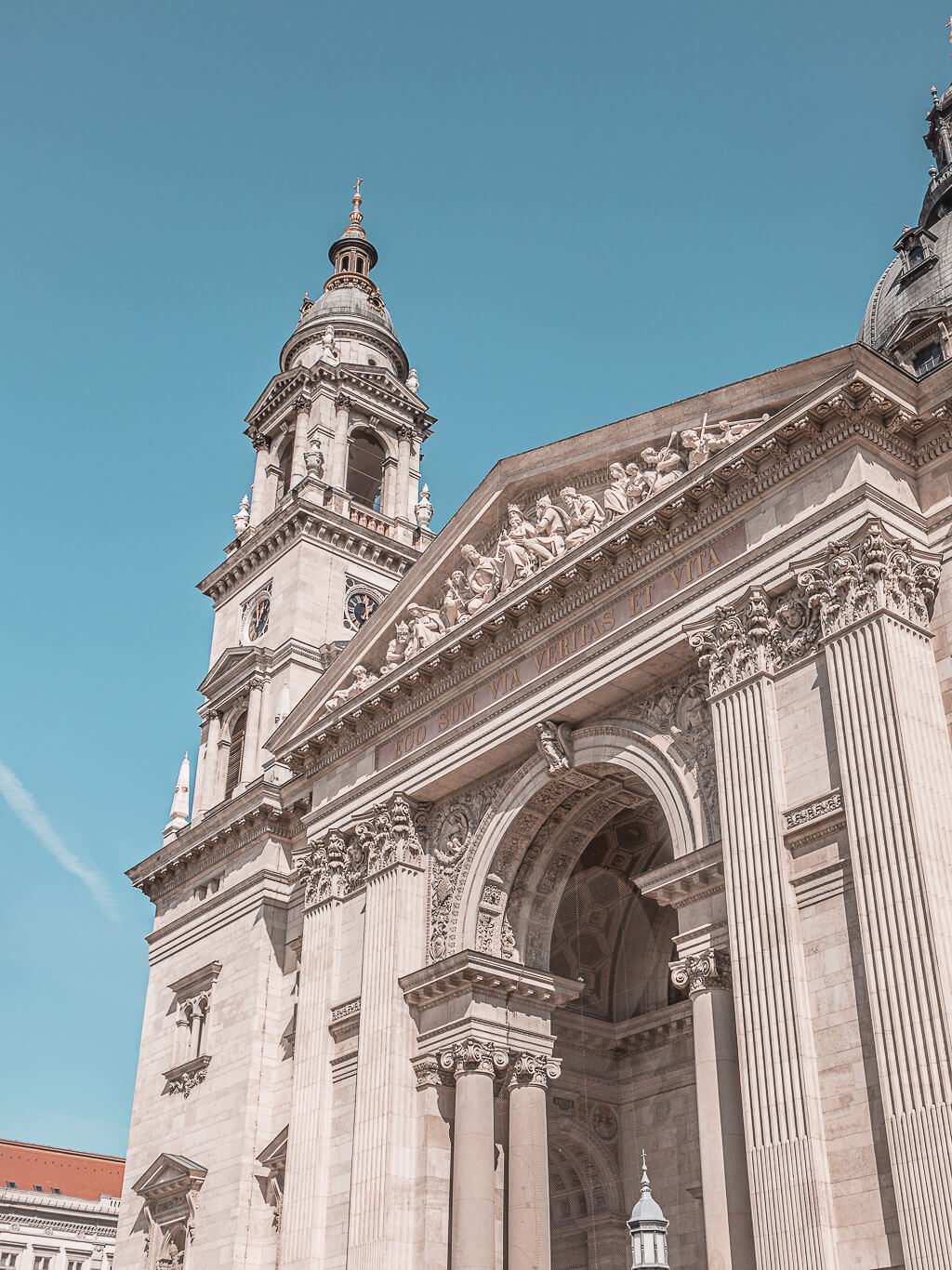20 Photos to Inspire You to Visit Budapest, Hungary | St. Stephen's Basilica